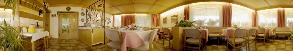 Breakfast room Pension Garni Erika Tramin/Termeno
