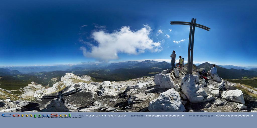 Weisshorn summit cross
