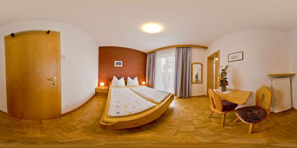 Zimmer 1 Mandlhof