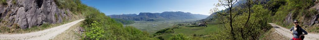 Sentiero forestale tra Sella e Castelvecchio