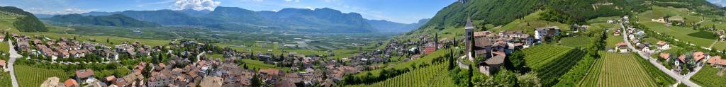 360° aerial view Tramin/Termeno