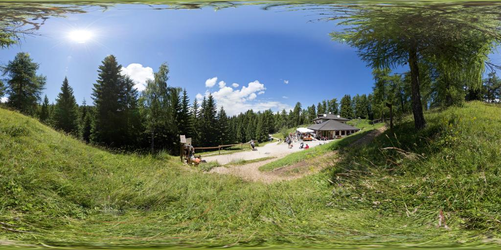 Halbweghütte