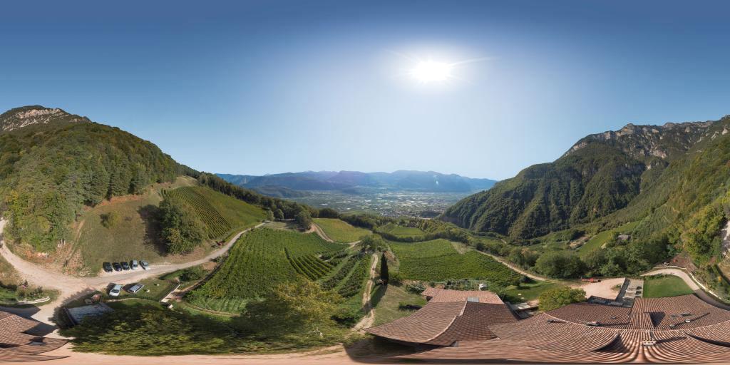 Albergo e maso viniclo Gummererhof dal alto